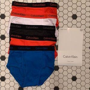 CALVIN KLEIN boy briefs cotton underwear Small 6/7